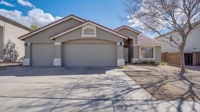 Photo 1 of 31 - 8031 W Hilton Ave, Phoenix, AZ 85043