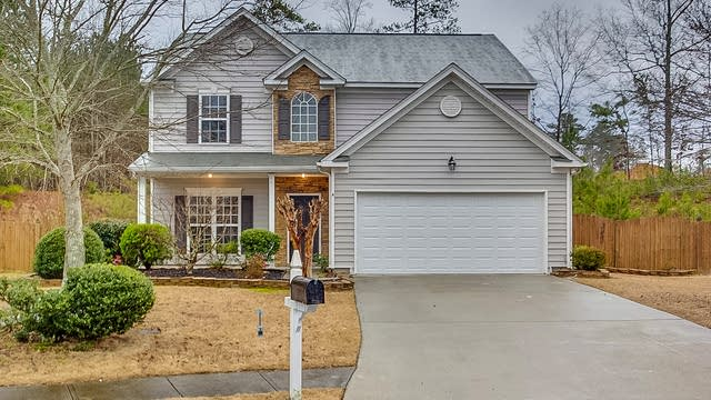 Photo 1 of 27 - 2173 Beacon Crest Dr, Buford, GA 30519
