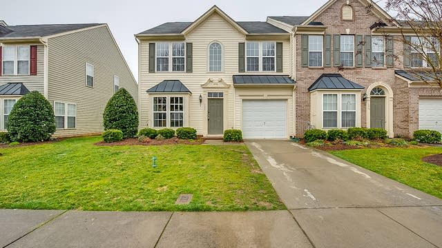 Photo 1 of 15 - 135 Beverly Chase Ln, Mooresville, NC 28117