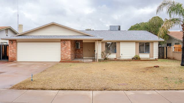 Photo 1 of 21 - 4827 N 63rd Ln, Phoenix, AZ 85033