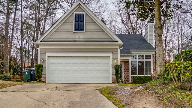 Photo 1 of 27 - 1007 Pagoda Pl, Knightdale, NC 27545