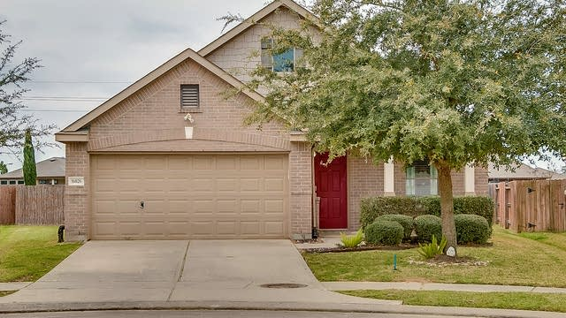 Photo 1 of 16 - 16026 Arapaho Bend Ln, Cypress, TX 77429