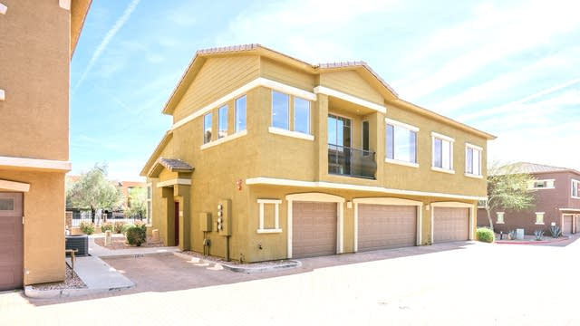 Photo 1 of 17 - 15240 N 142nd Ave #2006, Surprise, AZ 85379