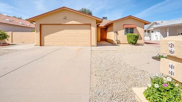 Photo 1 of 20 - 26440 S Lakewood Dr, Sun Lakes, AZ 85248