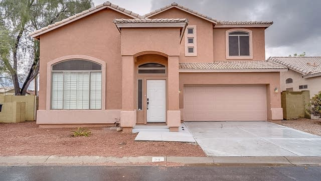 Photo 1 of 18 - 1932 N Mesa Dr #21, Mesa, AZ 85201