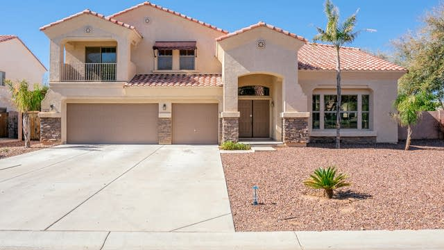Photo 1 of 35 - 10946 N 153rd Ln, Surprise, AZ 85379