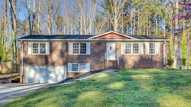 Photo 1 of 22 - 675 Teague Dr NW, Kennesaw, GA 30152