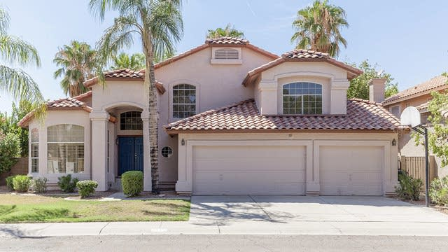 Photo 1 of 26 - 1442 N Sailors Way, Gilbert, AZ 85234