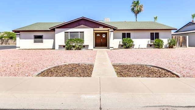 Photo 1 of 37 - 8419 N 57th Dr, Glendale, AZ 85302