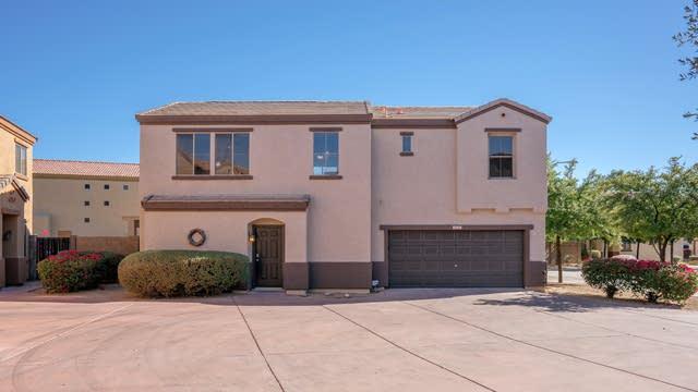 Photo 1 of 27 - 3010 W Sands Dr, Phoenix, AZ 85027