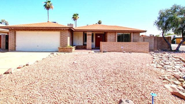 Photo 1 of 26 - 2451 W Paradise Ln, Phoenix, AZ 85023