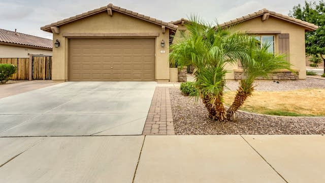 Photo 1 of 17 - 118 W Yellow Wood Ave, San Tan Valley, AZ 85140