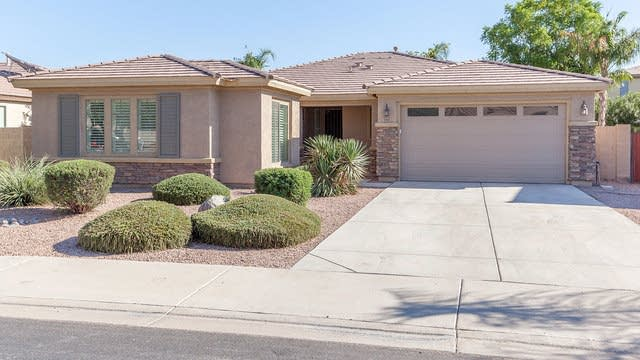 Photo 1 of 25 - 1511 E Birdland Dr, Gilbert, AZ 85297