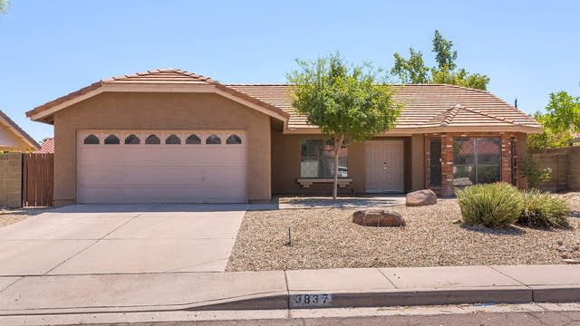 Photo 1 of 20 - 3837 E Tano St, Phoenix, AZ 85044