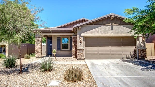Photo 1 of 27 - 882 E Del Rio St, Chandler, AZ 85225