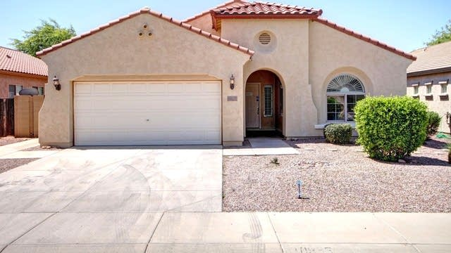 Photo 1 of 25 - 10935 E Sebring Ave, Mesa, AZ 85212
