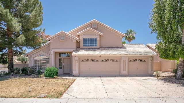 Photo 1 of 33 - 9133 W Evans Dr, Peoria, AZ 85381