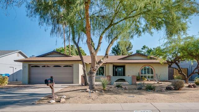 Photo 1 of 25 - 2502 W Gelding Dr, Phoenix, AZ 85023