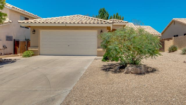 Photo 1 of 26 - 6318 E Regina St, Mesa, AZ 85215