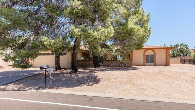 Photo 1 of 22 - 16065 N Boulder Dr, Fountain Hills, AZ 85268