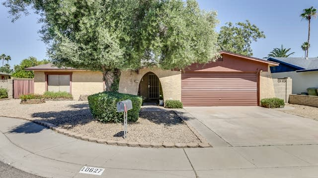 Photo 1 of 30 - 10627 N 48th Dr, Glendale, AZ 85304