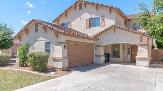 Photo 1 of 28 - 1272 E Parkview Dr, Gilbert, AZ 85295