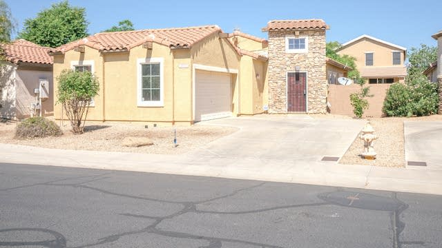 Photo 1 of 23 - 14772 W Charter Oak Rd, Surprise, AZ 85379
