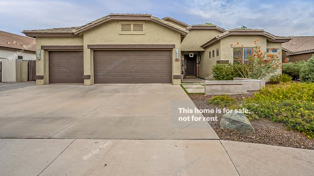 Photo 1 of 31 - 2331 E Bellerive Pl, Chandler, AZ 85249
