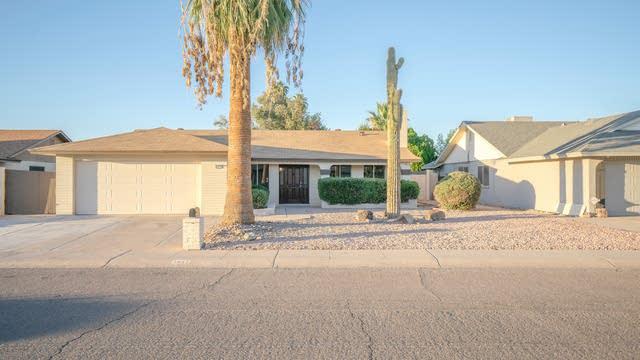 Photo 1 of 27 - 4832 W Caron St, Glendale, AZ 85302