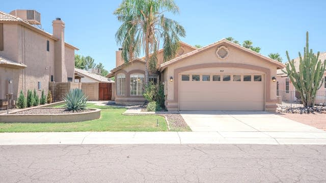 Photo 1 of 24 - 3017 E Kerry Ln, Phoenix, AZ 85050
