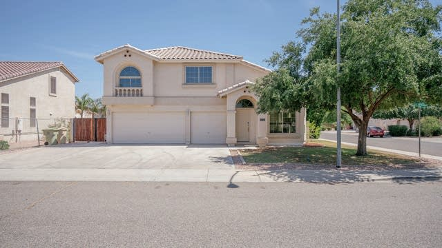 Photo 1 of 38 - 7969 W Marlette Ave, Glendale, AZ 85303