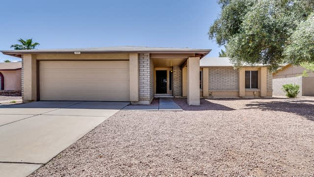 Photo 1 of 29 - 409 W Mission Dr, Chandler, AZ 85225