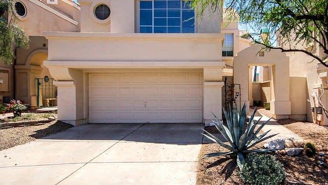 Photo 1 of 23 - 1147 E Amberwood Dr, Phoenix, AZ 85048