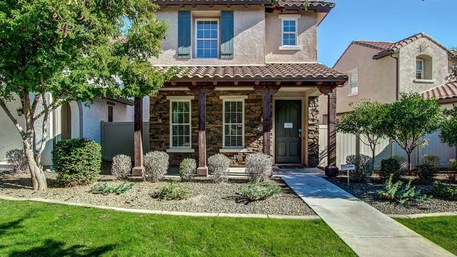 Photo 1 of 25 - 28910 N 124th Dr, Peoria, AZ 85383