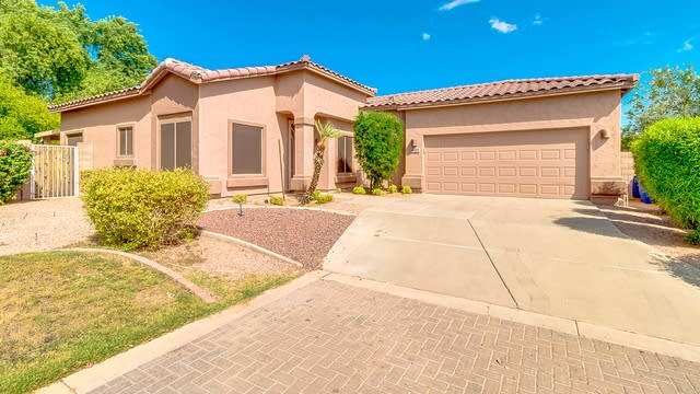 Photo 1 of 32 - 2660 E Bellerive Dr, Chandler, AZ 85249