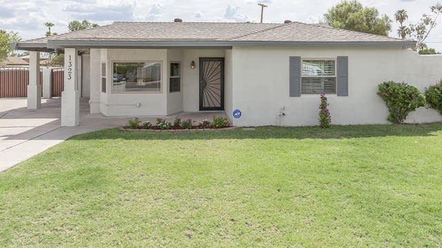 Photo 1 of 26 - 1323 W Indianola Ave, Phoenix, AZ 85013