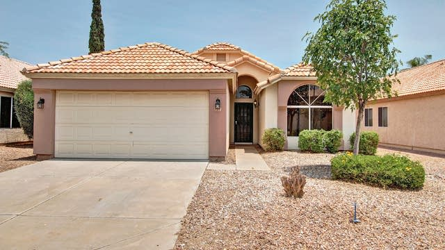 Photo 1 of 26 - 221 S Crosscreek Dr, Chandler, AZ 85225