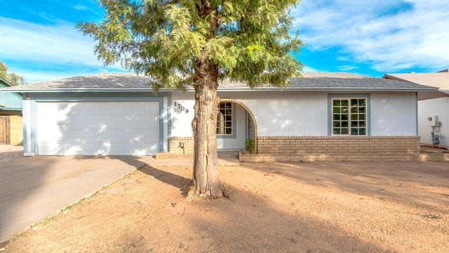 Photo 1 of 29 - 1709 S Almond, Mesa, AZ 85204