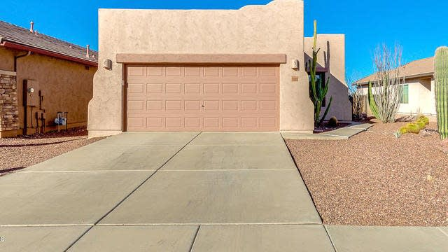 Photo 1 of 29 - 10252 E Meandering Trail Ln, Gold Canyon, AZ 85118
