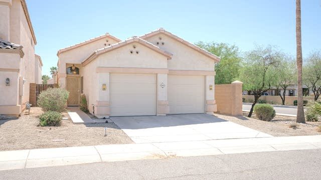 Photo 1 of 21 - 4955 W Villa Maria Dr, Glendale, AZ 85308