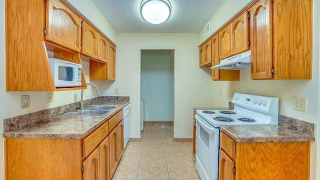Photo 1 of 8 - 16657 E Gunsight Dr #103, Fountain Hills, AZ 85268