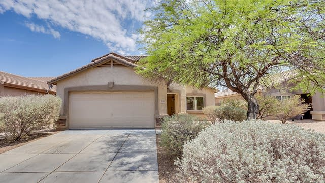 Photo 1 of 34 - 2631 E Olivine Rd, San Tan Valley, AZ 85143