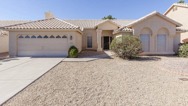 Photo 1 of 25 - 18832 N 36th St, Phoenix, AZ 85050