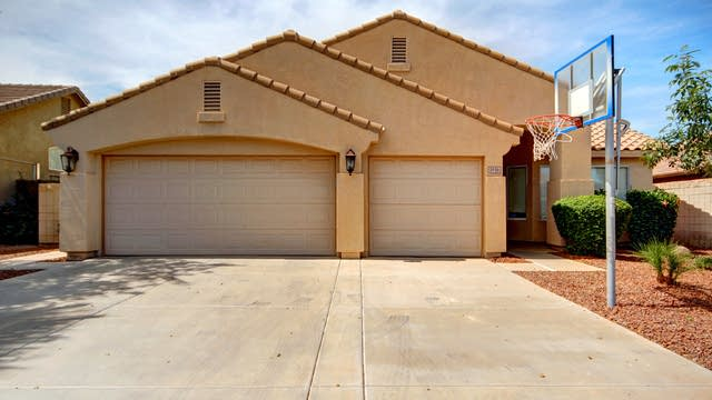 Photo 1 of 25 - 3836 S Bridal Vail Dr, Gilbert, AZ 85297