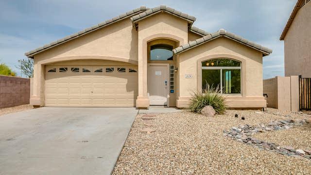 Photo 1 of 29 - 2424 W Roberta Ln, Phoenix, AZ 85085