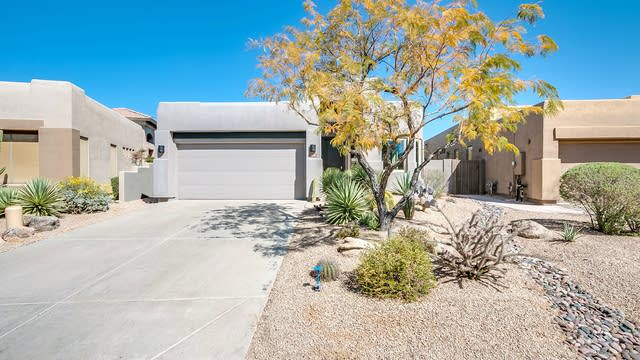 Photo 1 of 35 - 9646 E Chuckwagon Ln, Scottsdale, AZ 85262