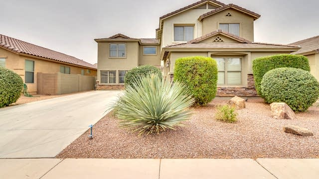 Photo 1 of 23 - 3095 E Silversmith Trl, San Tan Valley, AZ 85143