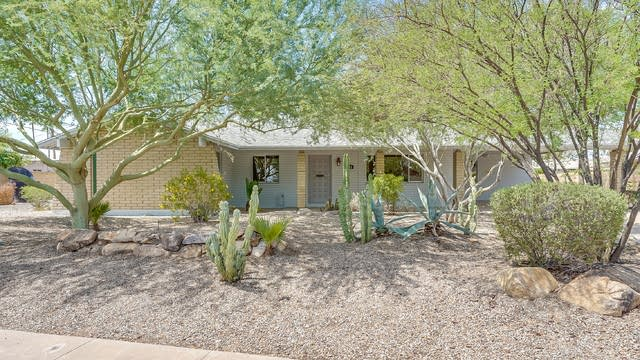 Photo 1 of 23 - 11212 N 32nd St, Phoenix, AZ 85028