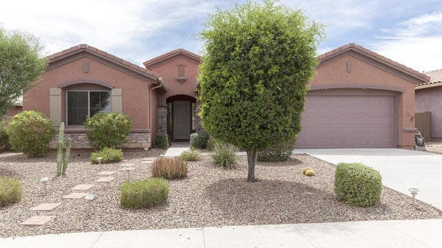 Photo 1 of 25 - 4911 W Faull Dr, Phoenix, AZ 85087