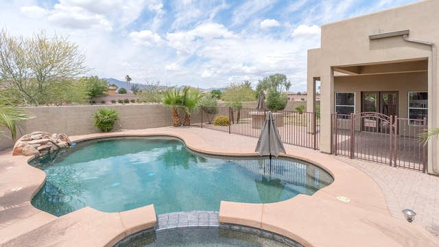 Photo 1 of 28 - 5612 N 180th Ln, Litchfield Park, AZ 85340